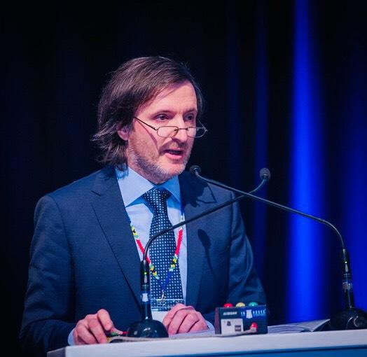 Conferencista: Dr. Carlos Néstor Cámpora